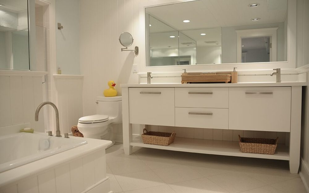 Contemporary Bathroom white vanity and tiles