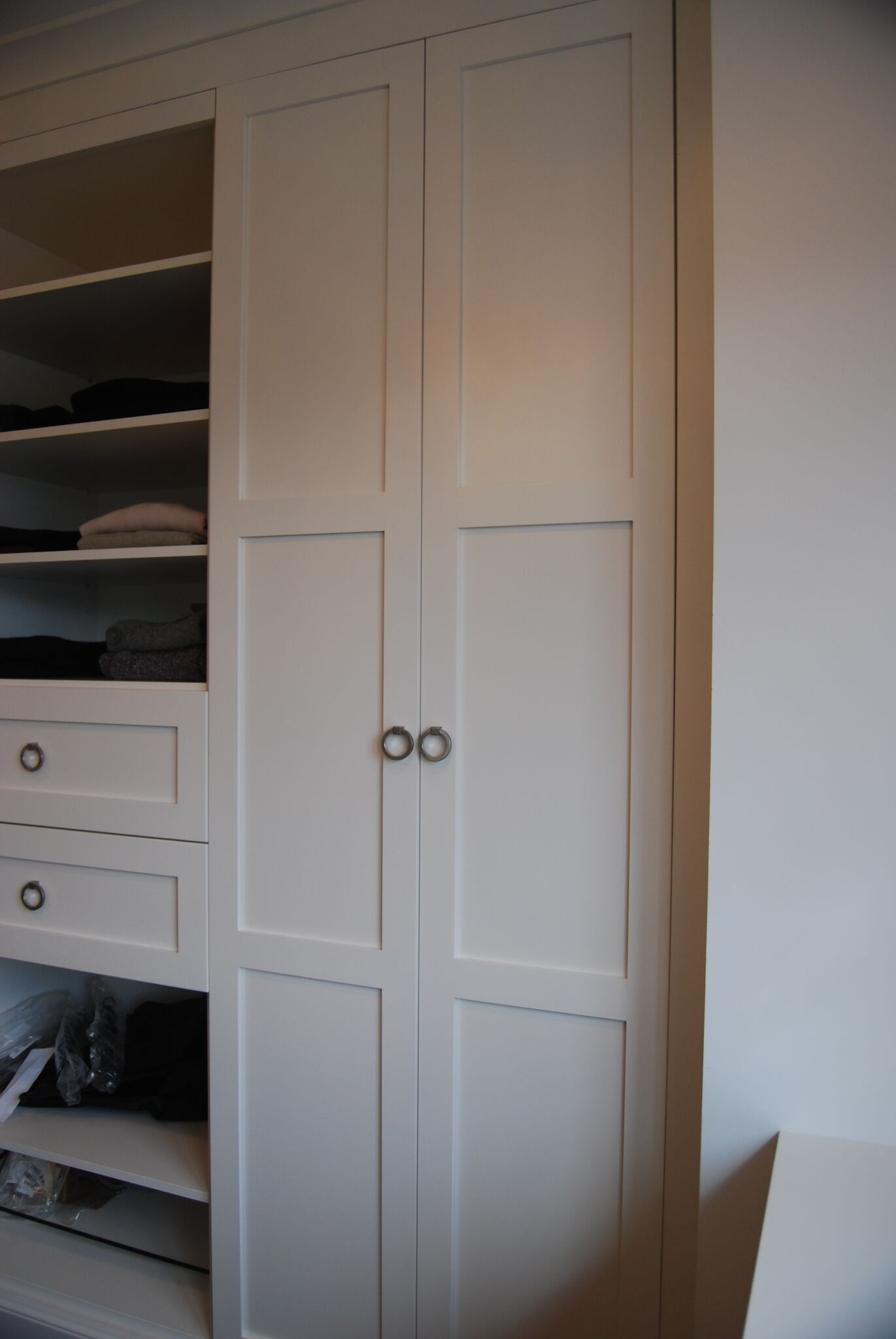 Custom white closet, Open shelves