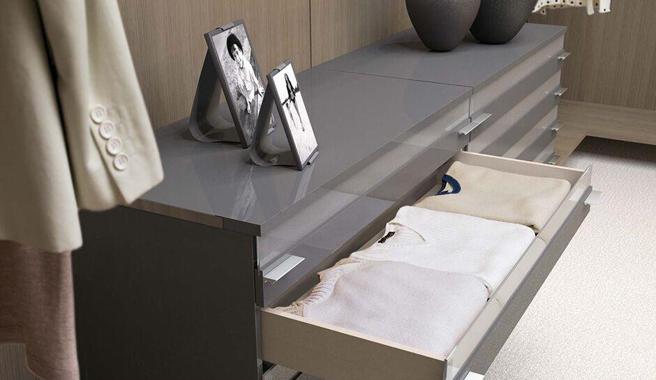 Grey glossy dresser