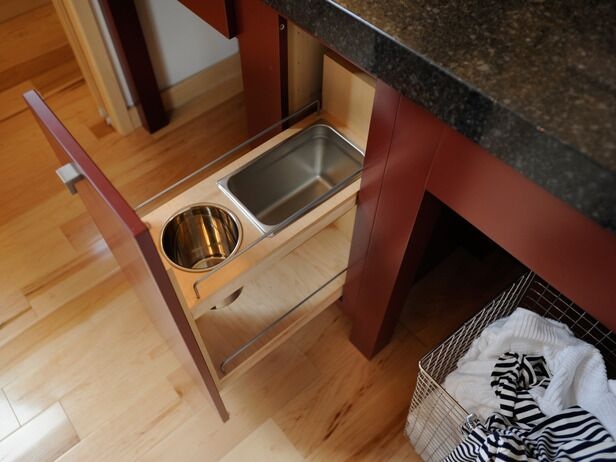Master bathroom inbuilt trash bin