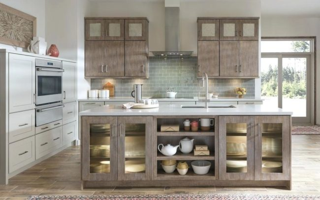Medallioncabinetry Bella Quatersawn Oak cobblestone