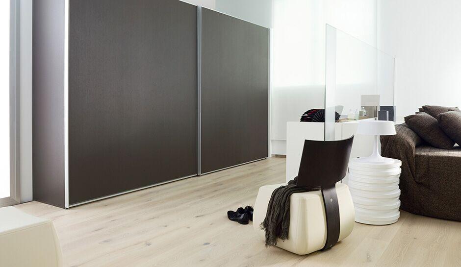 ModernSliding wooden closet