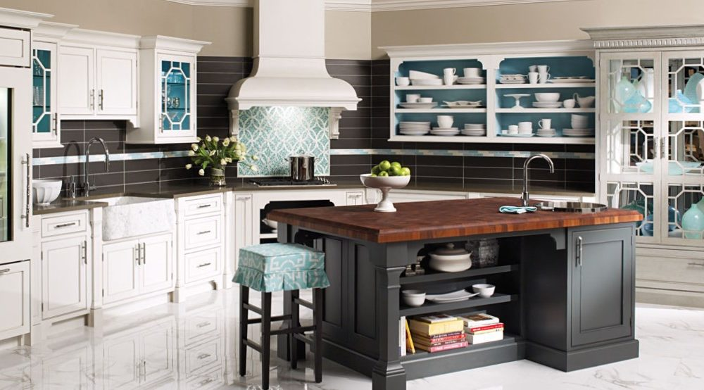 Plain and Fancy Full kitchen